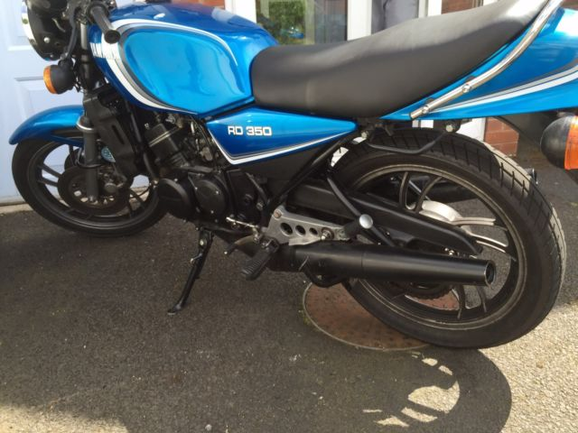 Yamaha Rd 350 lc early non tie bar rare colour For Sale