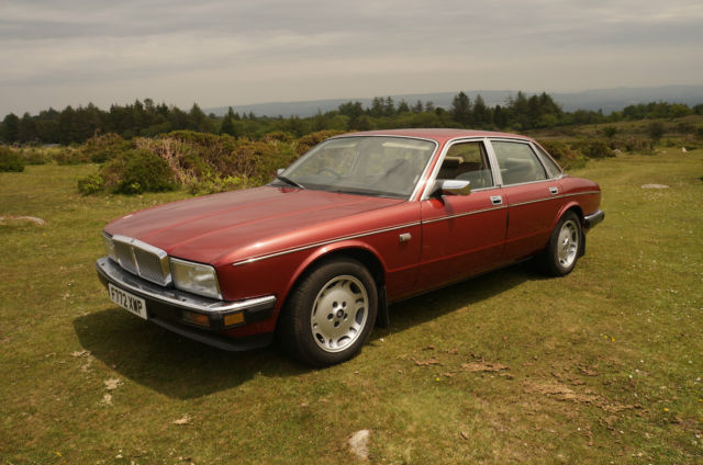Daimler (Jaguar Sovereign) 3.6 Auto 1989 with 65,500 miles and FSH Superb!