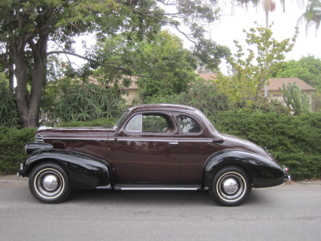 1938 Oldsmobile Business Coupe