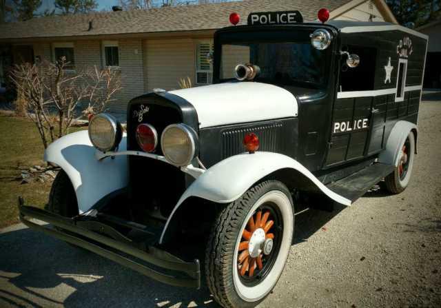 1930 Desoto 8, last week before its blocked in storage