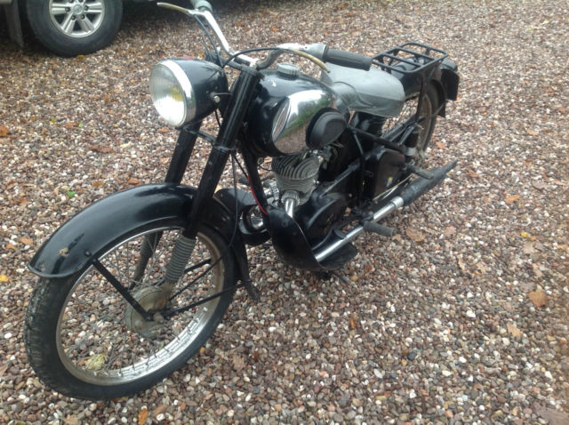 Peugeot 55TC 1954 2 stroke Motorcycle Barn Find/Restoration Project