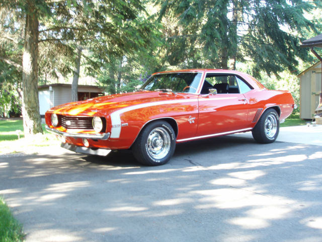 1969 Chevy Camaro SS Coupe 350, Professional Restoration.
