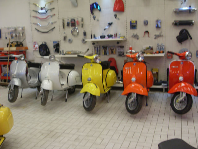 vespa 200 electronic in yellow