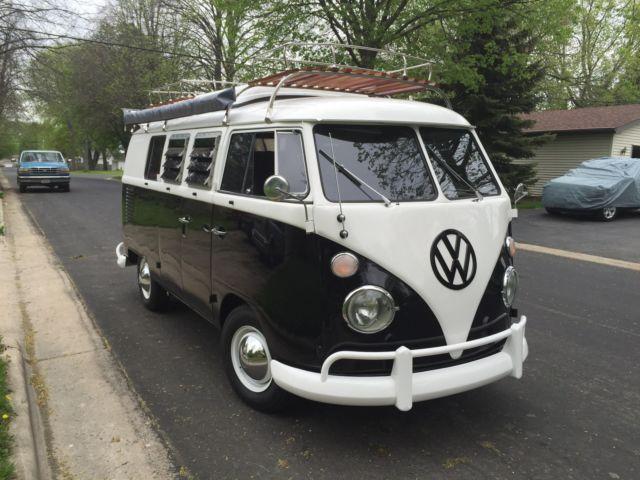 1967 VW BUS     SO-42