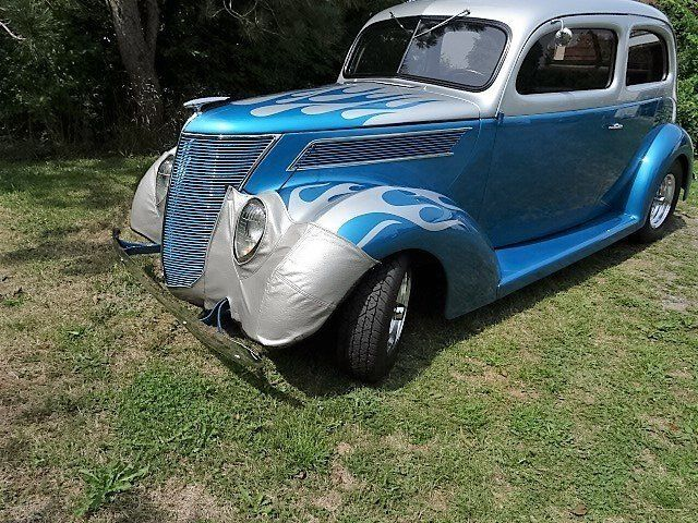 1937 Blue and Silver 355  Streetrod Restored Fast Show Car