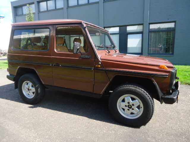 1983 Mercedes-Benz G-Class 300 GD automatic 2 door Short Wheel Base