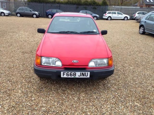1989 FORD SIERRA LX RED