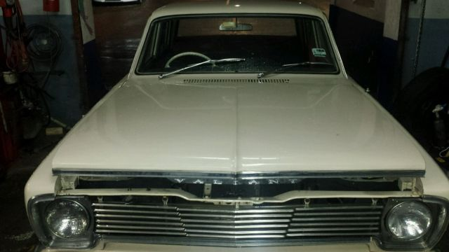 Chrysler Valiant  1967 immaculate condition 6 cylinder