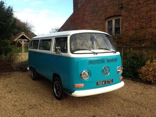 VW T2 Camper VW Campervan. Low Light Bay. Stunning Condition