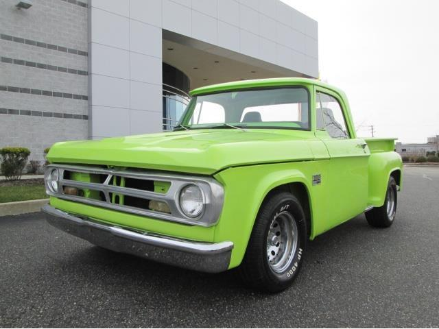 1970 Dodge 100 Custom Pick Up 440 Big Block Lime Green Paint 1 of a Kind Truck