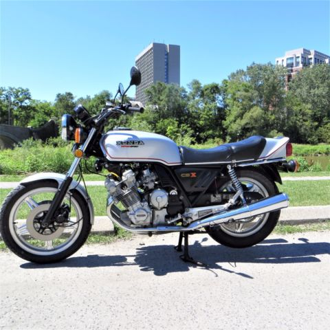 1979 HONDA CBX SUPERSPORT - 6 CYLINDER 24VALVE