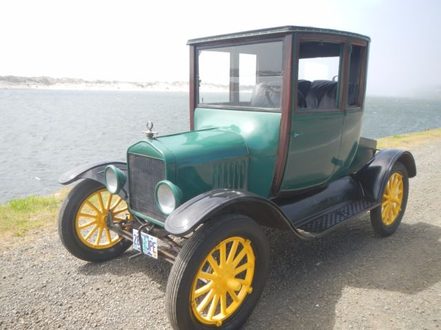 1919 Ford Model T Hunter Green and Black