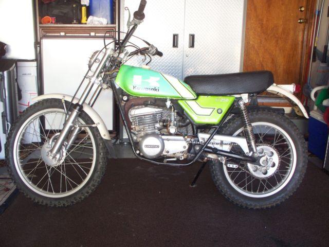 1976 Kawasaki KT-250