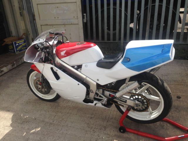 Honda nsr250 sp mc18 race bike