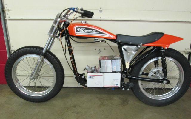 Harley Davidson: 1972 Harley-Davidson XR750 Complete Rolling Chassis XR XR