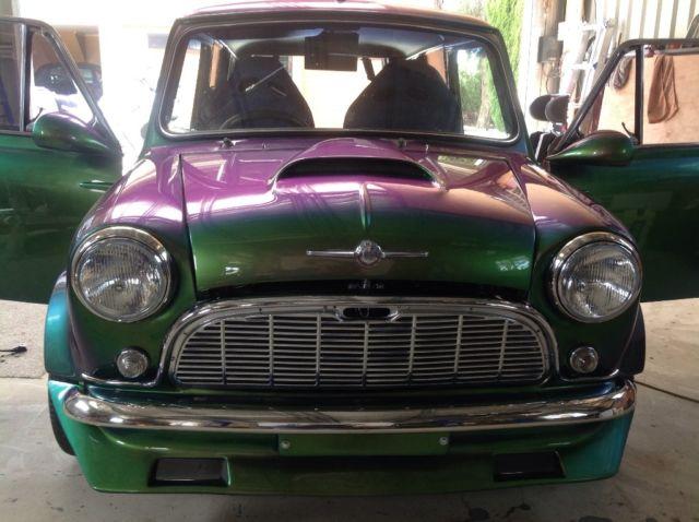 1969 Morris mini van