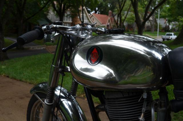 1969 Gilera 200 - Classic Cafe Racer - Rare, Polished Aluminum