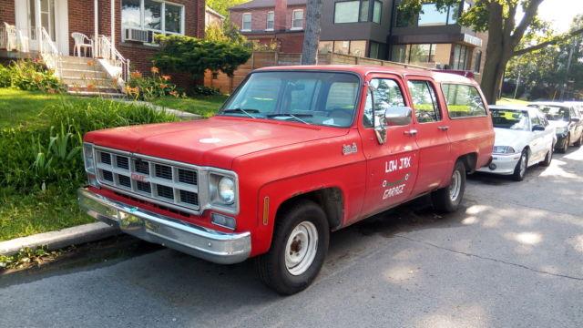 1977 GMC Suburban from Alberta, good shape, good project.