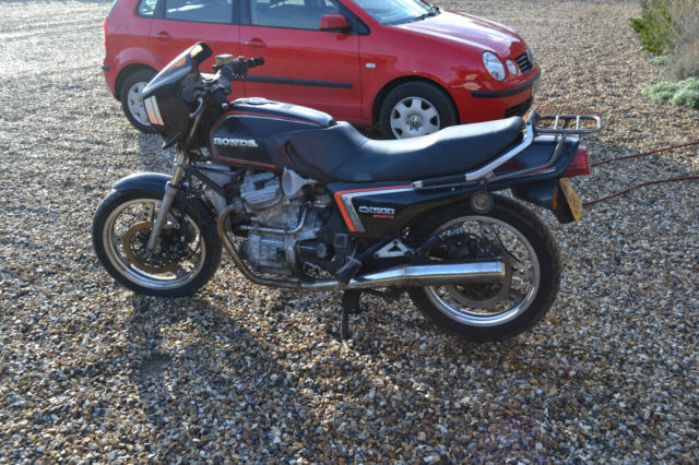 Honda CX500 EC 1983 Black - Barn find restoration project - runs - V5 present