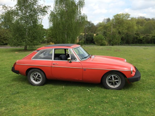 MGB GT COUPE 1976 ONLY 43K FROM NEW  - MASSIVE HISTORY FILE - NEW MOT