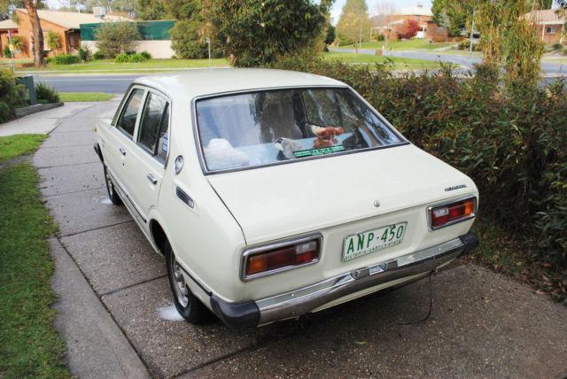 Toyota Corolla SE Sedan (1979)