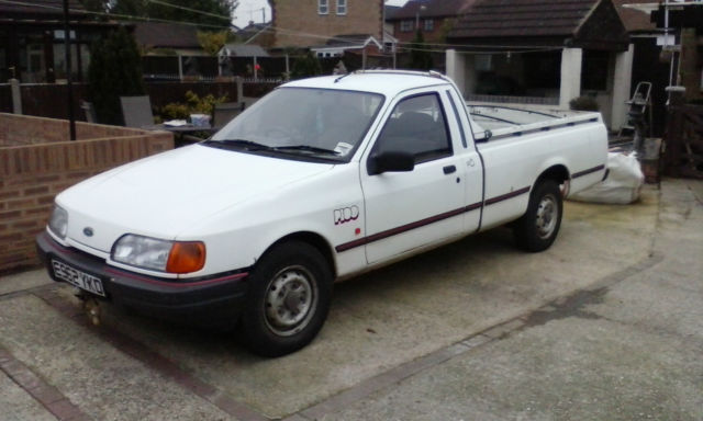 1988 FORD P100 WHITE 2 LITRE PINTO ENGINE