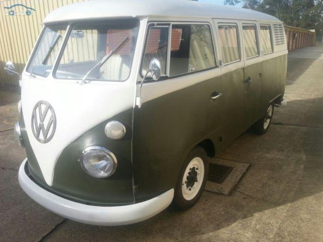 67 VW Kombi Van 11 Window Microbus Splitscreen camper