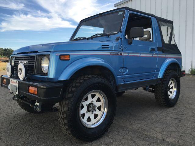 Mint Condition ( Suzuki Samurai  4x4 ) -COLD A/C - 100% Rust Free