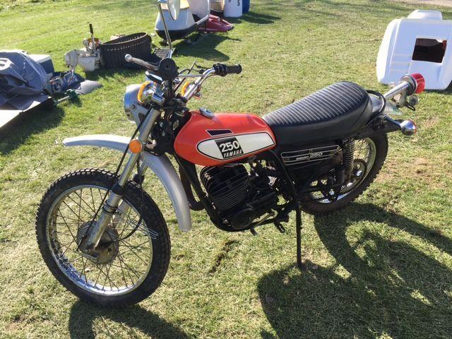 1975 Vintage Yamaha DT 250 - TITLE - DT250 Enduro, Original Owner - Low Miles