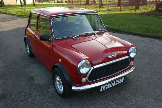1986 Austin Mini - 998cc, Manual - Recent restoration work classic Morris Rover
