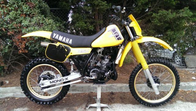 1982 YAMAHA YZ250. 'J'    VMX. not cr250, rm250, kx250.