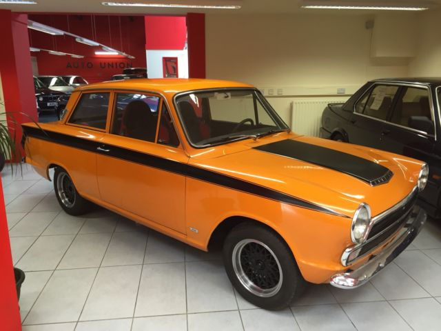 1965 FORD CORTINA DELUXE...11 months MOT...Matching engine and VIN numbers