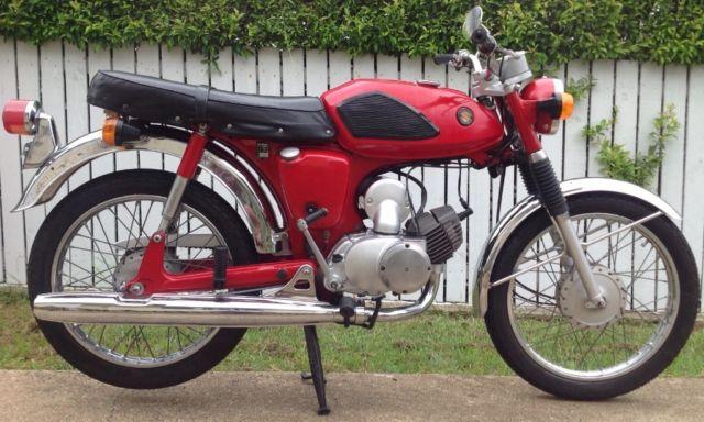 Suzuki A100 70's era classic