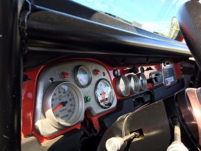 NO RESERVE -CHEVY 6 0 LS POWERED FJ40 - ROCK CRAWLER - RUBICON AND