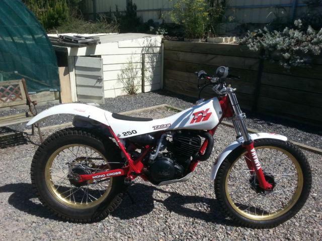 1985 Yamaha TY250 mono Trials bike