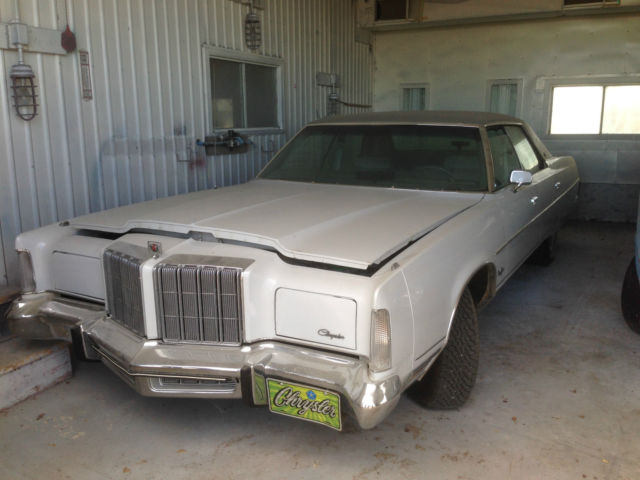 Chrysler : New Yorker NEW YORKER