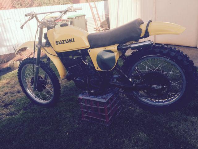 1977 suzki PE 250