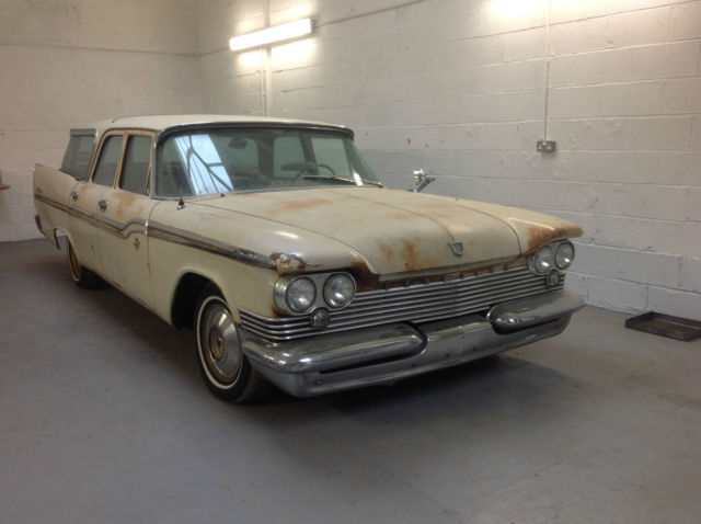 1959 Chrysler Windsor Stationwagon