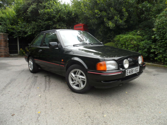 Ford Escort 1.6 XR3i 3dr 1987 E REG SHOWING 49,000 MILES
