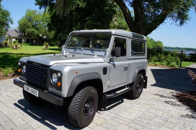 Land Rover Defender 90 2.5L Turbo Diesel