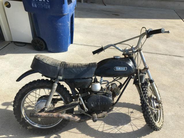 Yamaha 60cc mini bike moto-cross style