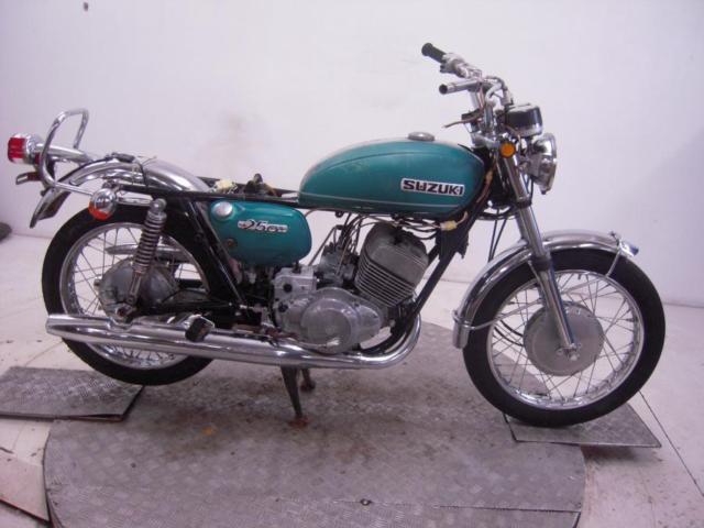 1971 Suzuki T250R Super Six Unregistered US Import Barn Find Classic Restoration