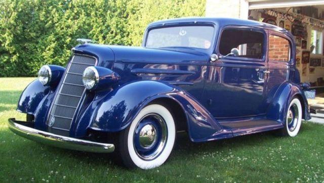 Oldsmobile : Other 2 Door Sedan