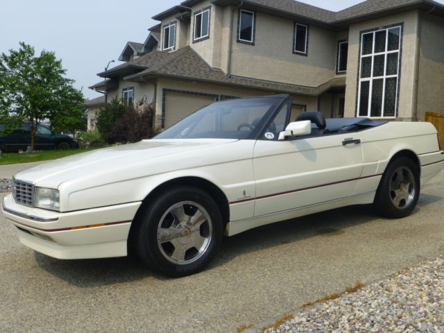 Cadillac : Allante Value Leader Convertible 2-Door