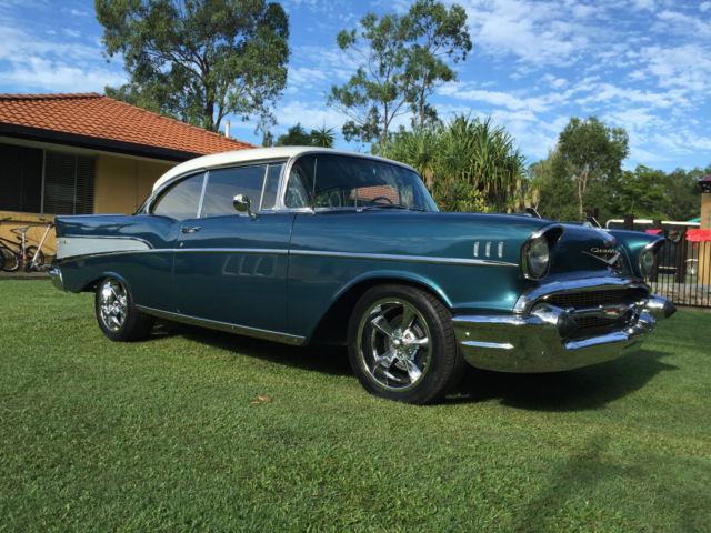 CHEVY BELAIR 1957 2 DOOR Hard Top Chevrolet BEL-AIR   1957 Chevy *Cruiser*