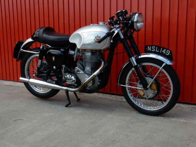 BSA DB32 GOLD STAR  1956  ORIGINAL FACTORY FRAME AND ENGINE PAIRING