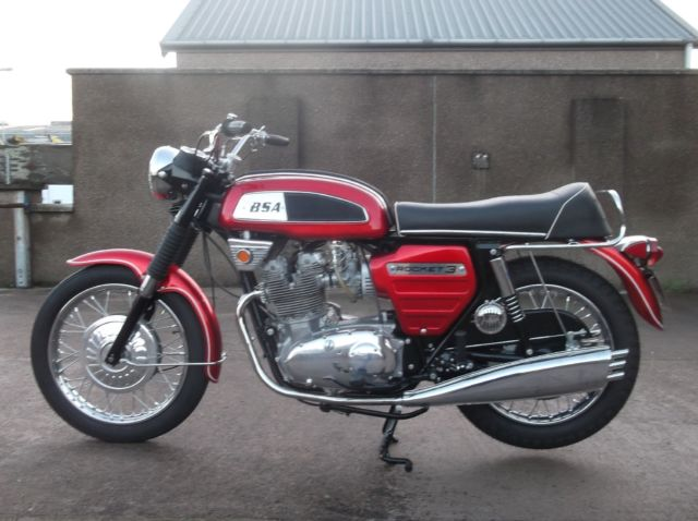 1968 BSA  A75 ROCKET 3 FULLY RESTORED BY PREVIOUS OWNER