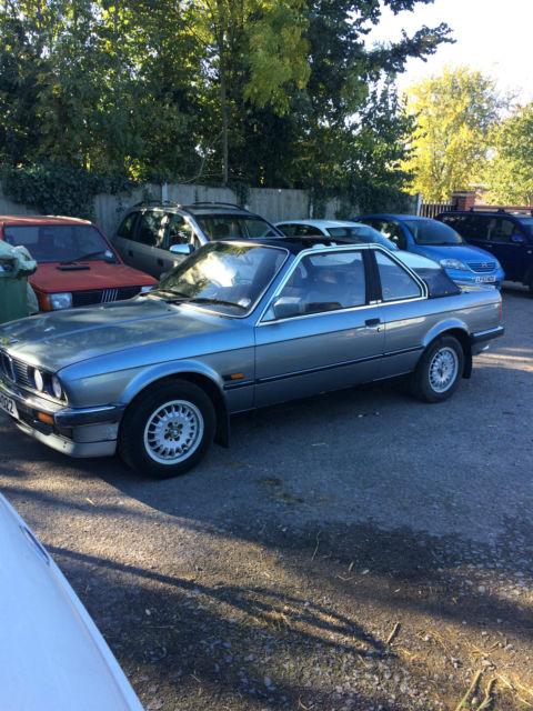 BMW e30 325i baur convertable