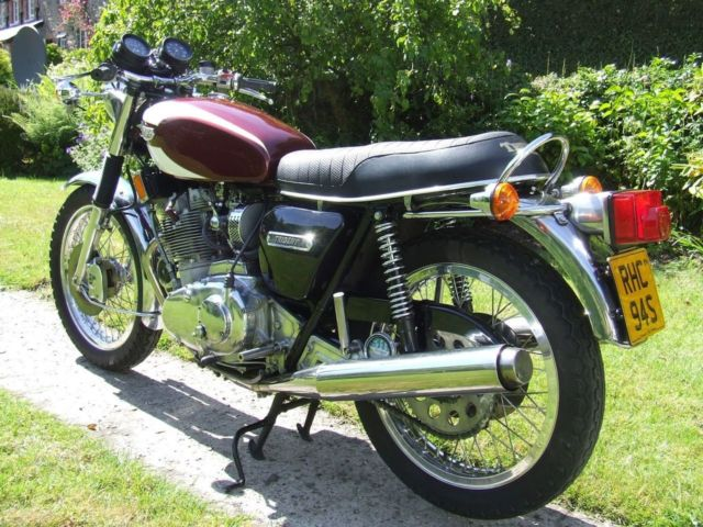Triumph Trident T160 - Built July 1975