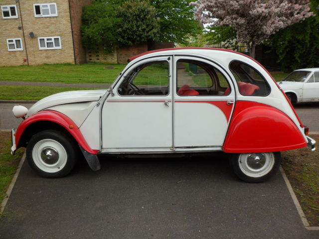 1989 CITROEN 2CV6 SPECIAL DOLLY RED/WHITE